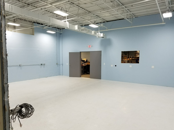 Battery Assembly Room Walls and ESD Flooring